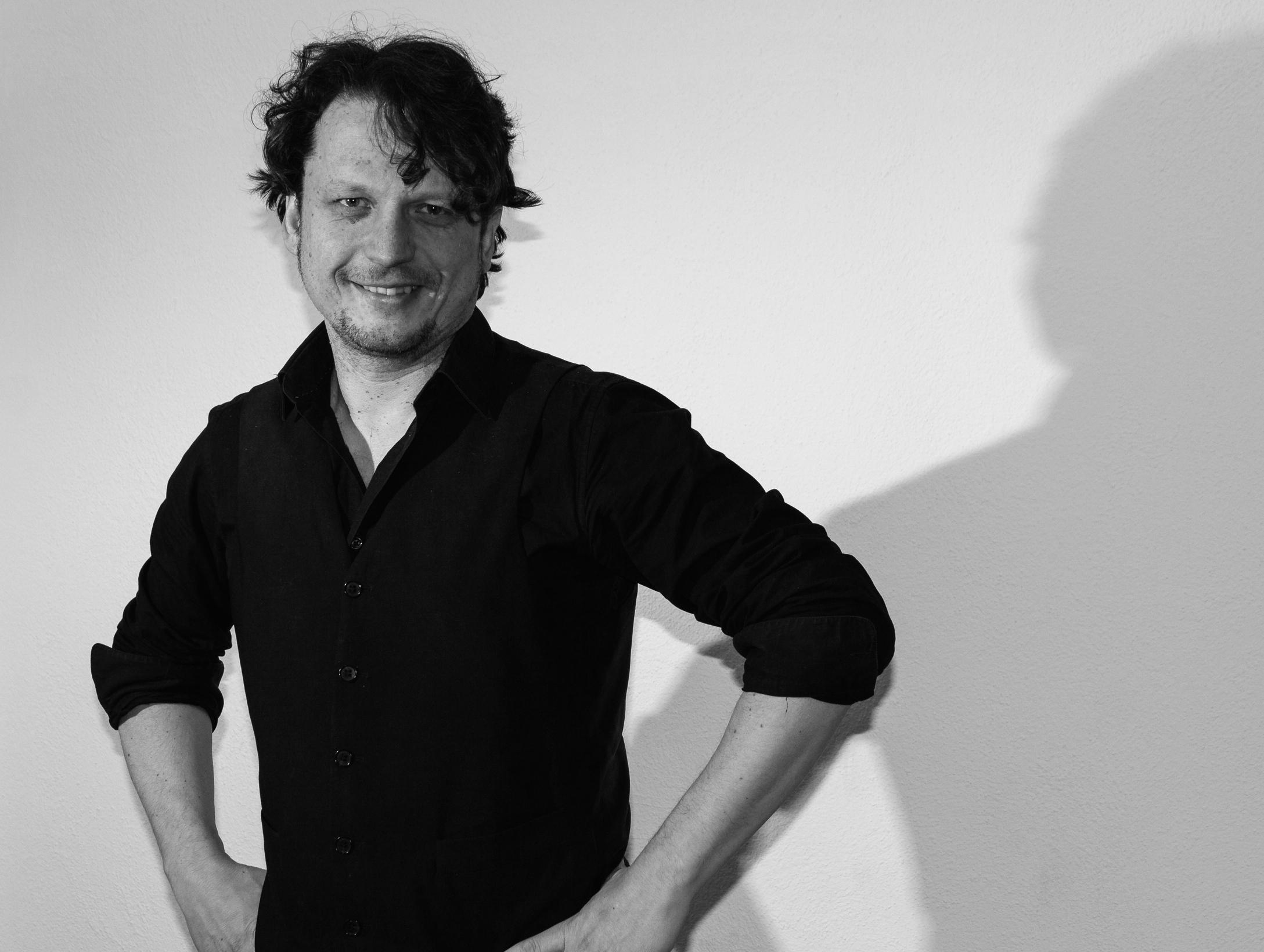 Oliver Szekely, Gitarrenunterricht Erlangen, Gitarre, E-Gitarre, Musikinstitut Taktstelle