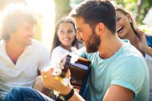Singen, Gitarre, Taktstelle, Erlangen